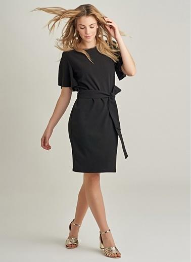 NGSTYLE Bağlama Detaylı Elbise Siyah